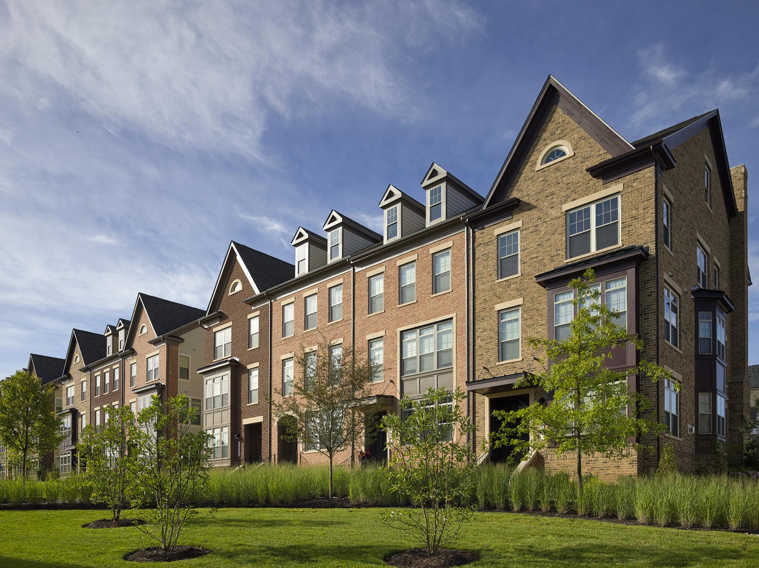 Maple-Lawn-Townhomes_h_WEB