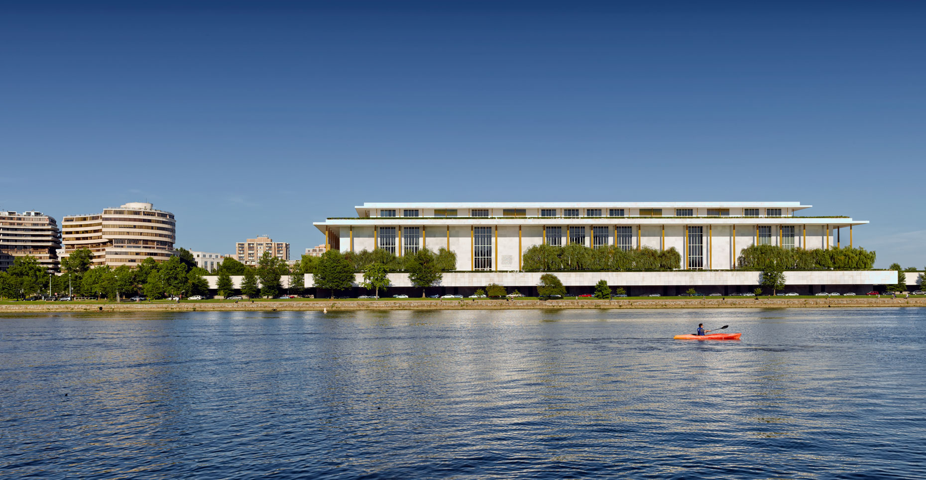 kennedy-center_ext_a_WEB
